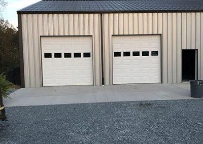 new-commercial-construction-overhead-doors
